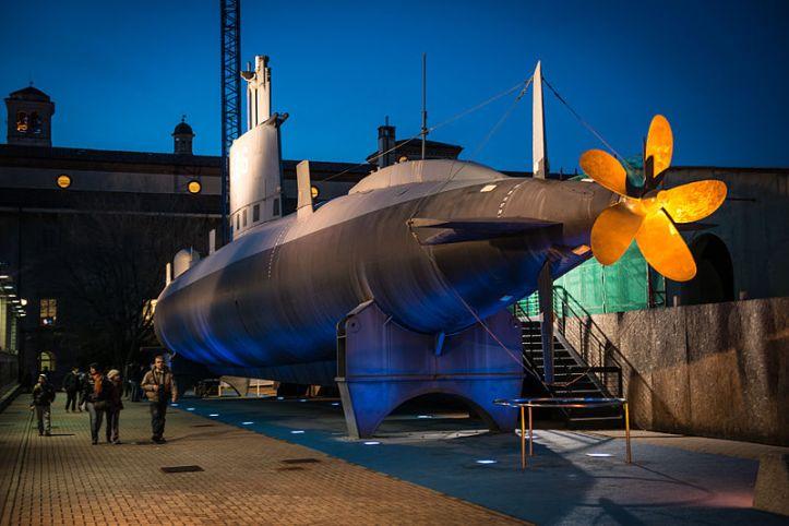 Submarine_Enrico_Toti_S_506_-_Museo_della_Scienza_e_della_Tecnica_-_Milan_Italy_-_28_Dec._2012