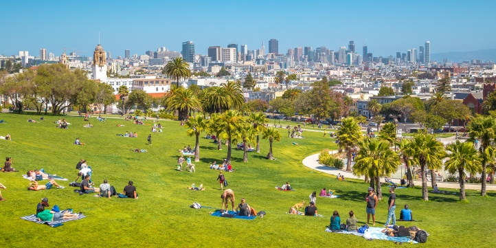 Mission-District-San-Francisco-Dolores-Park-shutterstock_1120990424-cr-canadastock.jpg