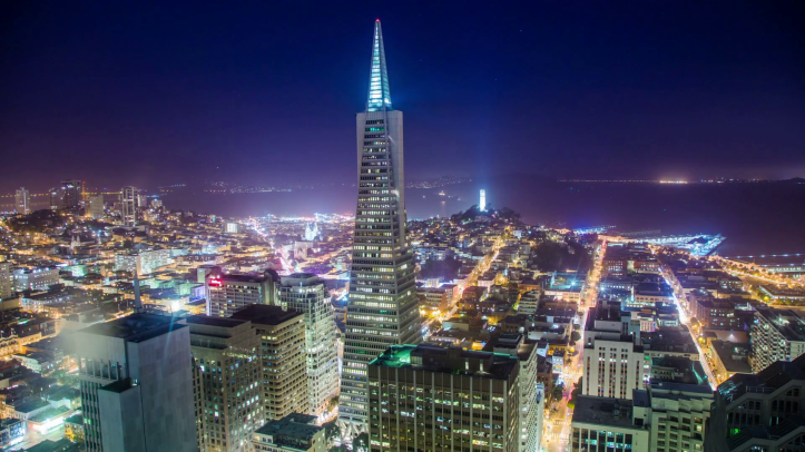 time-lapse-amazing-san-francisco-skyline-at-evening-with-transamerica-pyramid-building_bgkstpst_thumbnail-full01.png